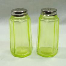 Pr. Mosser Vaseline Salt & Peppers
