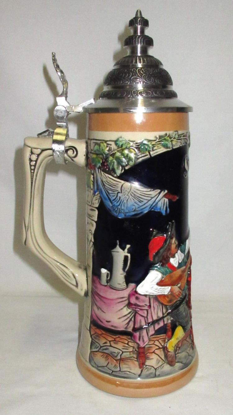 dating beer steins The history of german beer steins in details and information on beer steins, beer mugs, and pewter,  pewter fittings often help in the dating and pricing of the stein.