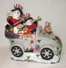 Snowmen in Car Cookie Jar
