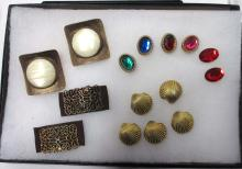 Lot Costume Jewelry Shoe Clips & Button covers