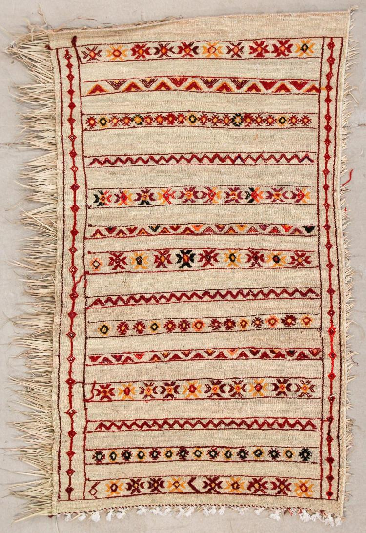 Middle Atlas Moroccan Rug: 3'6