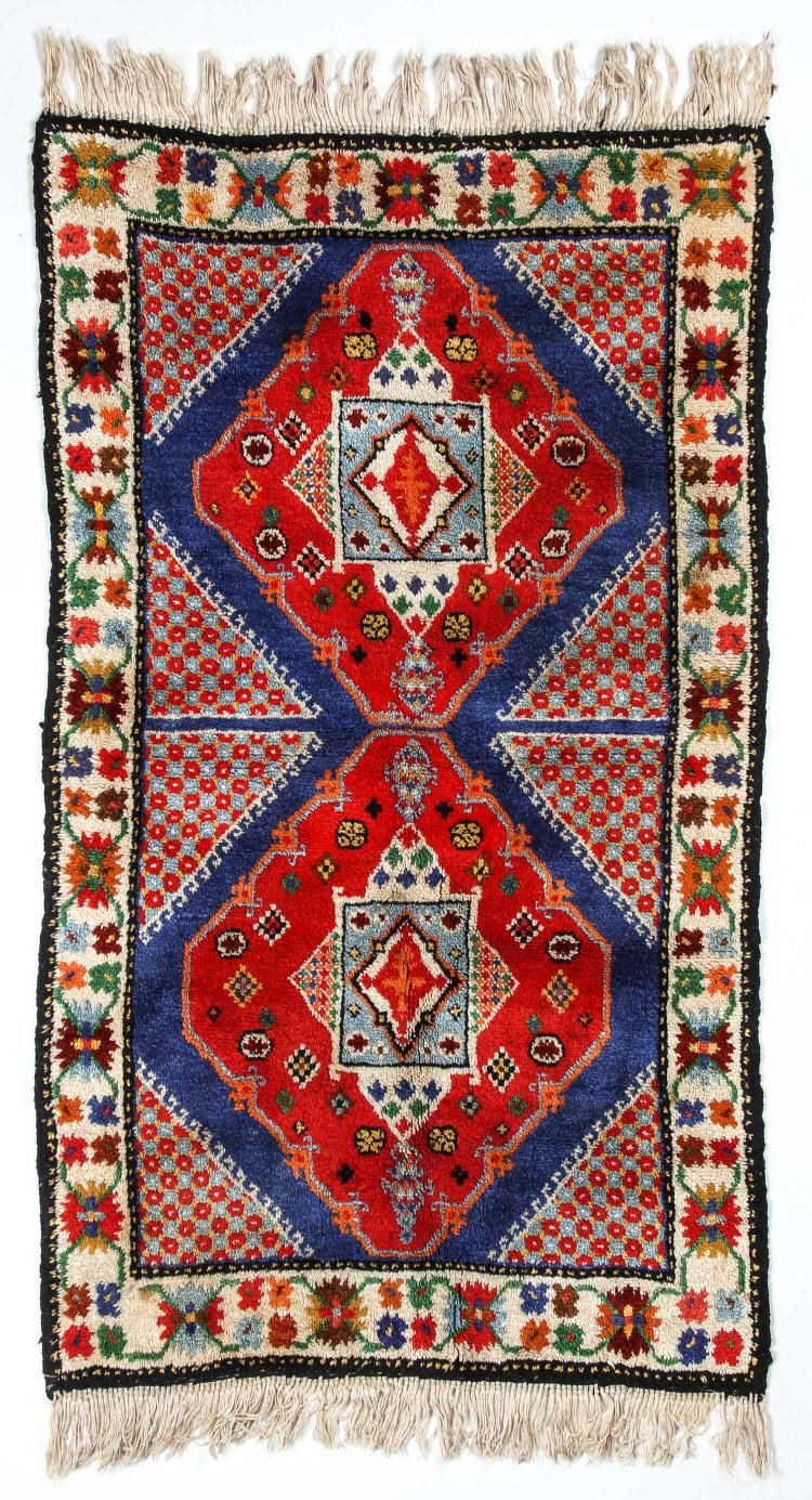 Vintage Hand Knotted Caucasian Style Rug: 3'1
