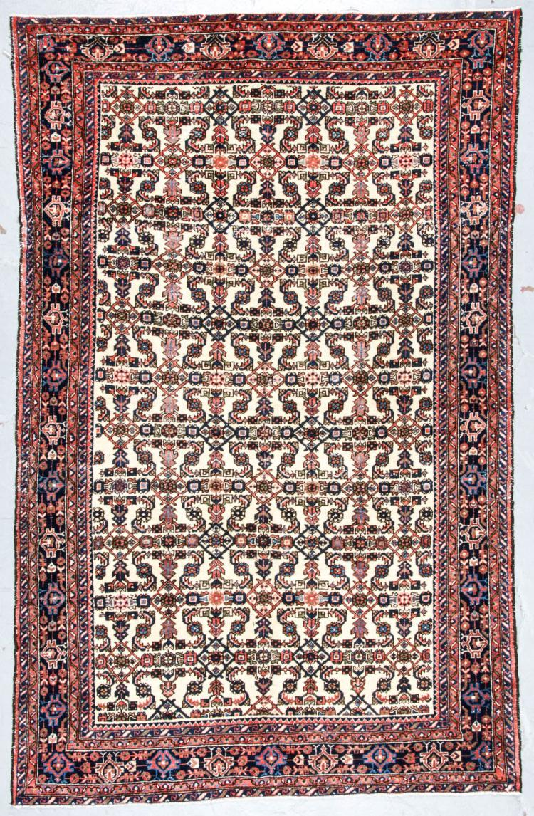 Semi-Antique Hamadan Rug, Persia: 6' x 9'4''