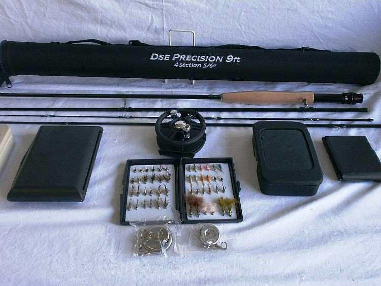 Wychwood fishing rod with accessories