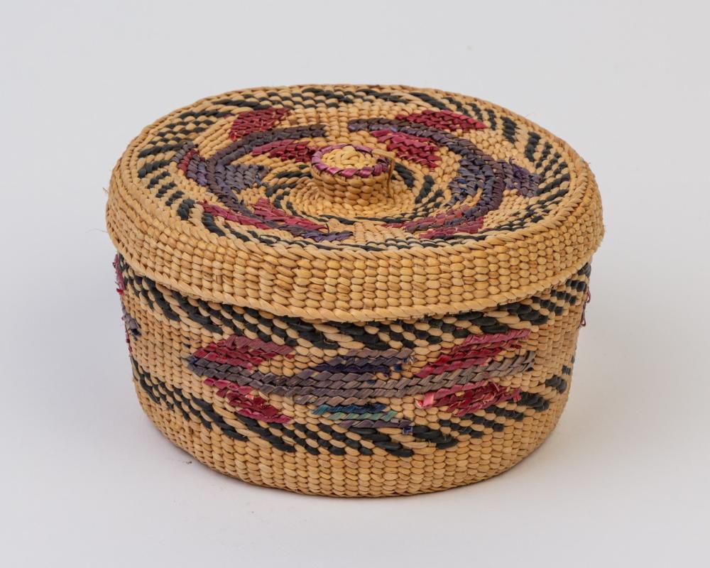 A round Haida spruce root lidded basket, 2 3/4 x 5 1/4 in. (7 x 13.3 cm)
