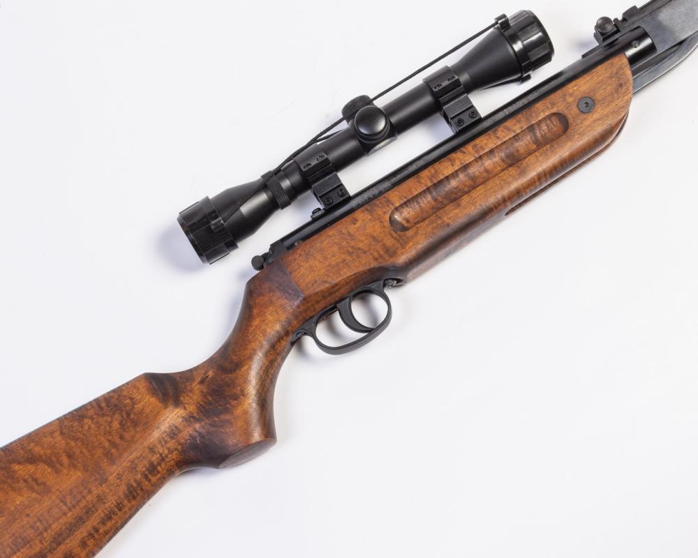 Winchester, 500X pump action air rifle,
