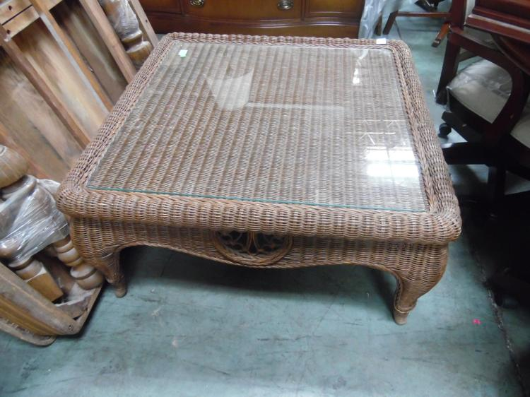 2 Wicker Tables With Glass Tops Sofa Table Coffee Table