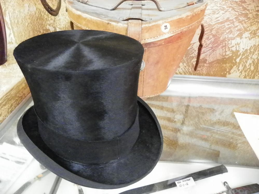 1800'S TOP HAT A-F-BODECKER STOCKHOLM MADE OF BEAVER FUR