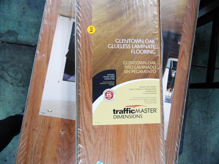 Lot 9 Boxes Laminate Flooring In, Glentown Oak Laminate Flooring