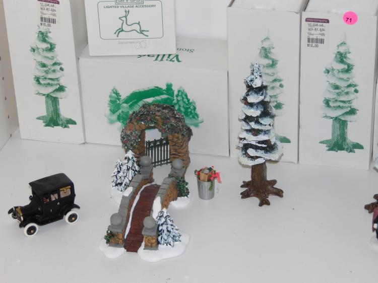 Christmas Village Accessories.16 Pc Lot Of Christmas Village Accessories With Original Boxes