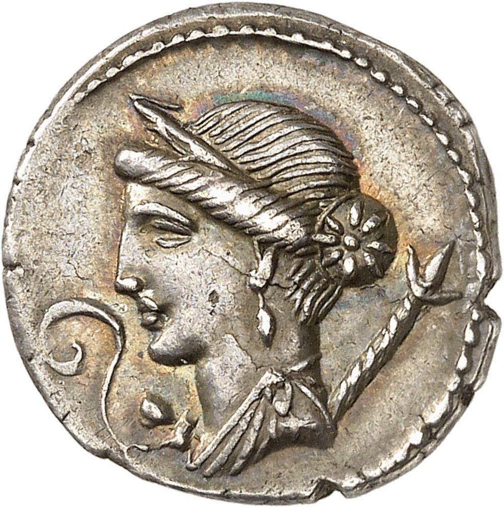 RÉPUBLIQUE ROMAINE Jules César (60-44 av. J.-C.). Denier ND (46-45 av. J.-C