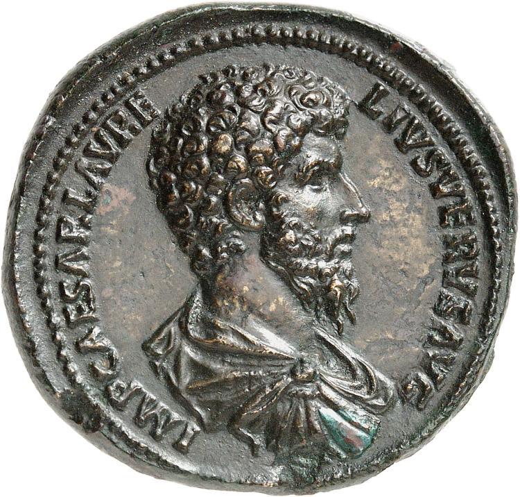 EMPIRE ROMAIN Lucius Verus (161-168). Médaillon en bronze 161, Rome.