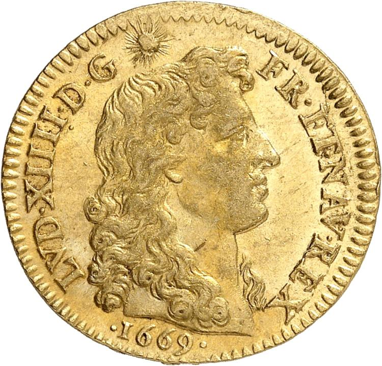 FRANCE Louis XIV (1643-1715). Louis d'or au buste juvénile nu 1669, Paris.