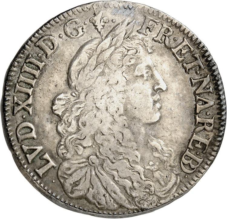 FRANCE Louis XIV (1643-1715). 1/2 écu au buste juvénile de Béarn 1677, Pau.