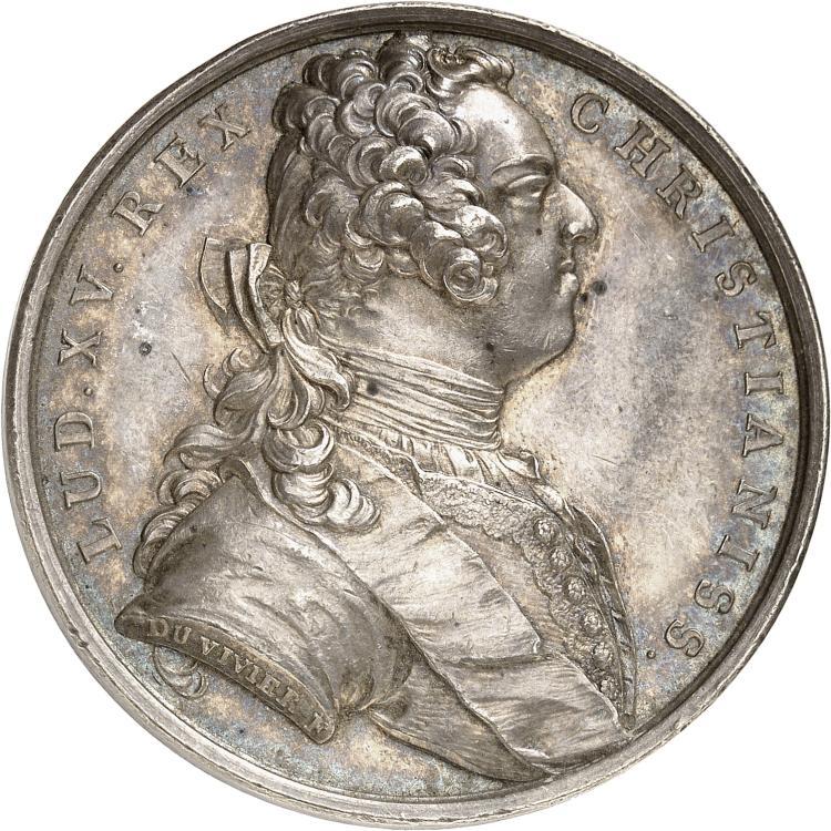 FRANCE Louis XV (1715-1774). Médaille en argent 1737 par Duvivier, commémorant la réunion des duchés de Lorraine et de Bar à la France.