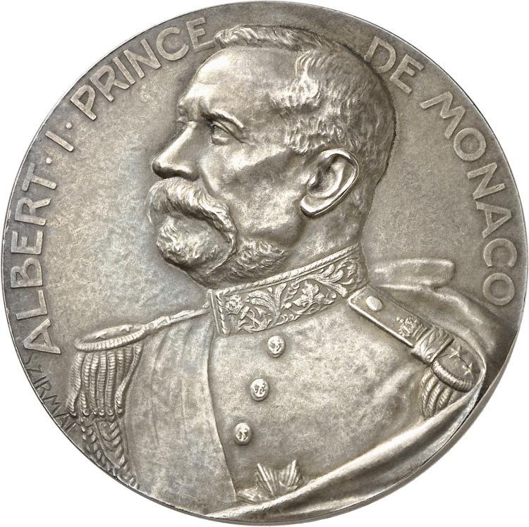 MONACO Albert Ier (1889-1922). Médaille en argent 1913, frappée en souvenir de la visite de S.A.S le Prince Albert Ier à l'Hôtel Métropole qui accueillit le congrès international de zoologie , par SZIRMAÏ, poinçon argent.