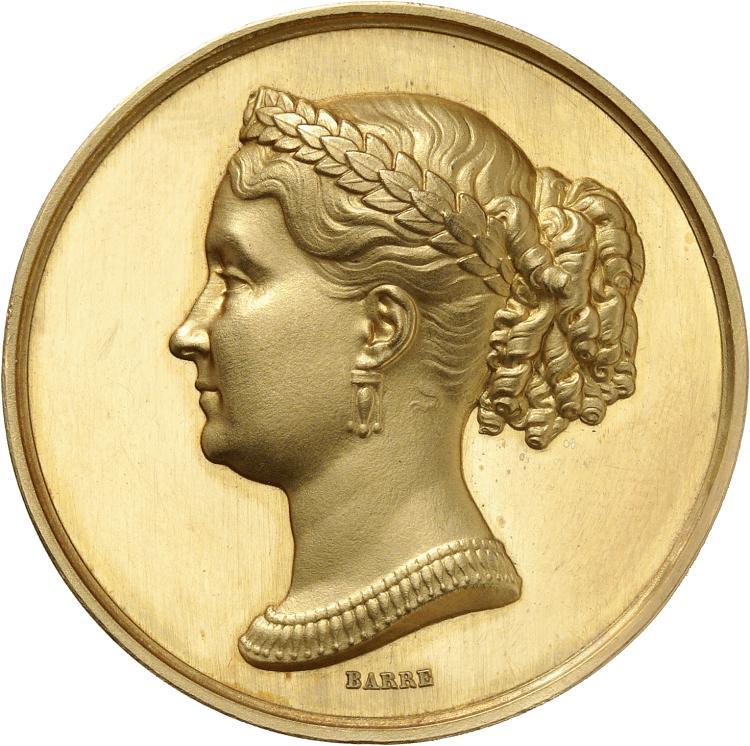 FRANCE Princesse Mathilde Bonaparte (1820-1904) nièce de Napoléon Ier. Médaille en or non datée, par Barre, poinçon abeille.