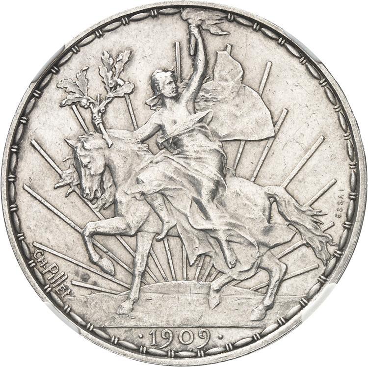 MEXIQUE République (1836 - à nos jours). Peso 1909, essai en argent par Charles Pillet, Paris, tranche en relief.