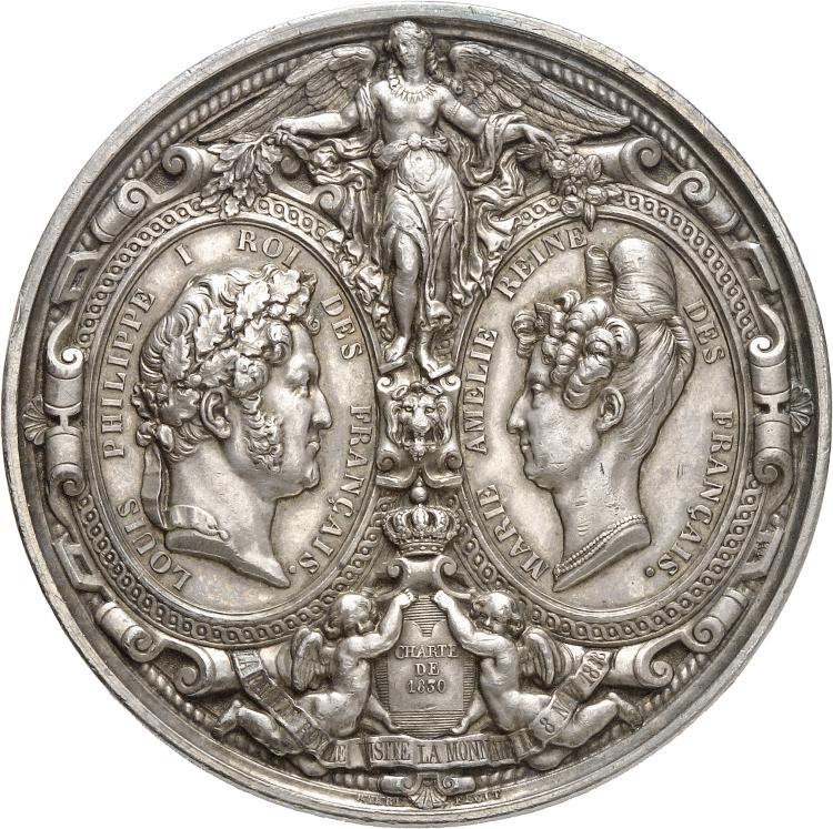 ITALIE Naples, Ferdinand II (1830-1859). Médaille en argent 1836, frappée à l'occasion de la visite de S.M le roi des Deux-Siciles et du Prince de Salerne, à « la Monnaie des médailles » le 12 août 1836, poinçon lampe antique.