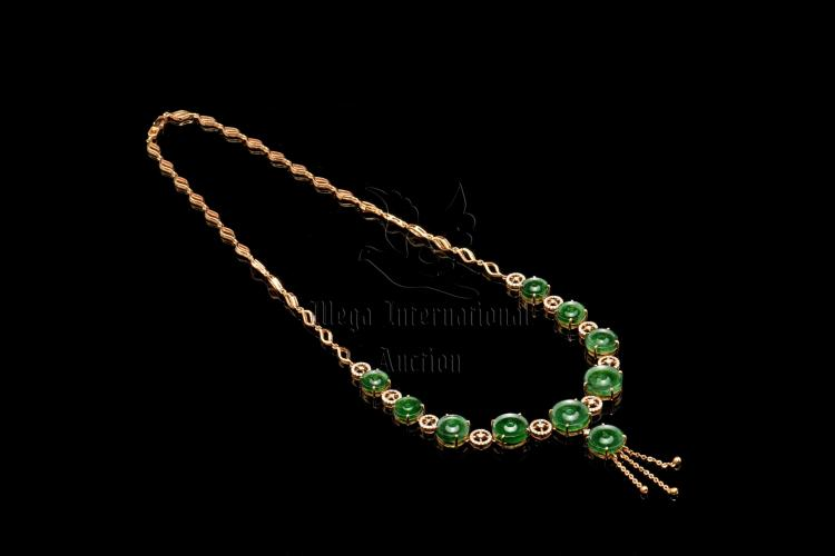 OMPHACITE JADE AND DIAMOND NECKLACE WITH GIA CERTIFICATE