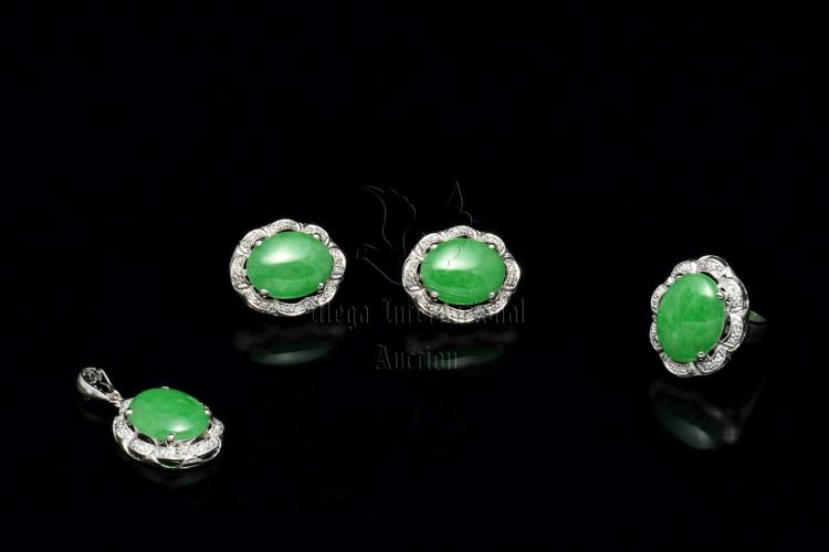 PAIR OF JADEITE AND DIAMOND EARRING AND MATCHING RING PENDANT WITH CERTIFICATE