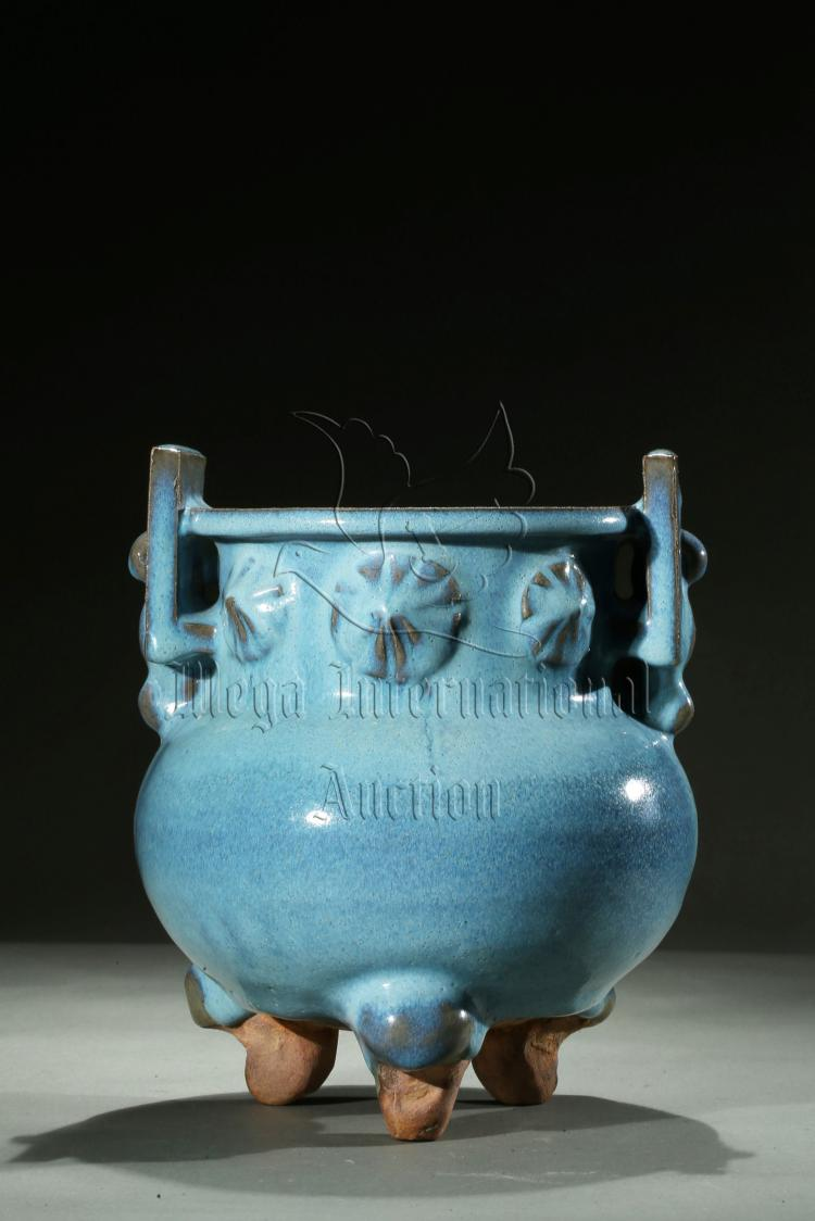 JUN WARE BLUE GLAZED TRIPOD CENSER
