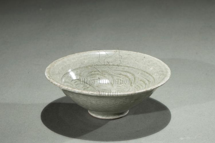 LONGQUAN WARE CONICAL CUP