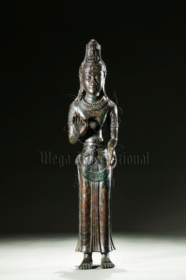 BRONZE CAST DALI KINGDOM BUDDHA STANDING FIGURE