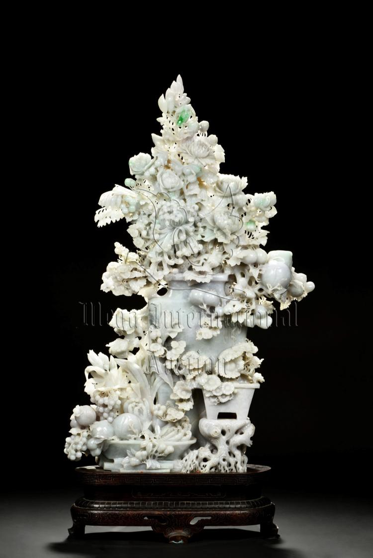 EXQUISITE AND LARGE JADEITE 'FLOWERS AND FRUITS' CARVING