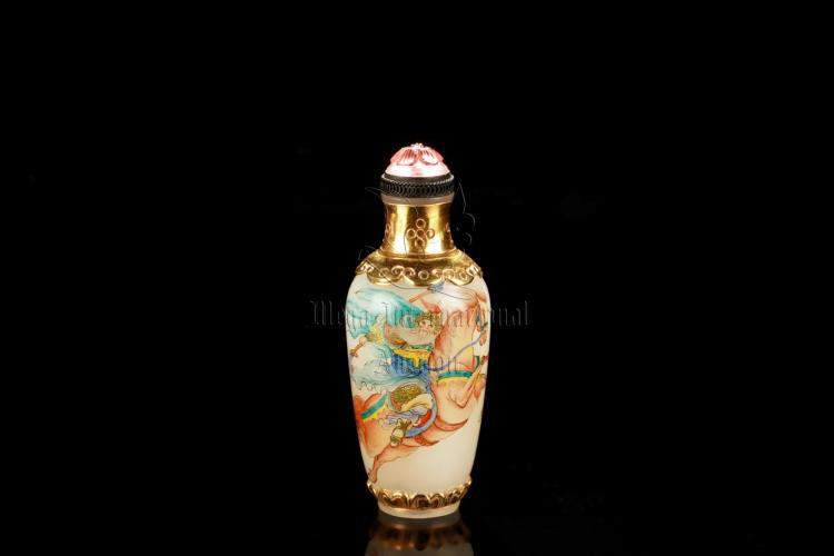 FAMILLE ROSE GLASS 'HUANG ZHONG' SNUFF BOTTLE