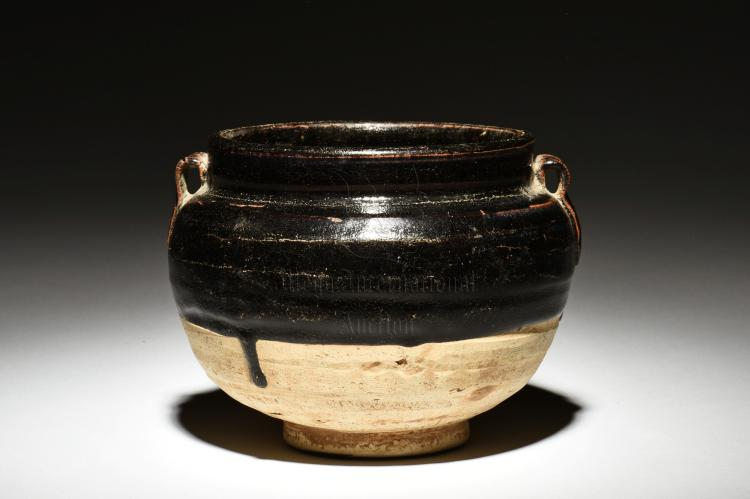 BLACK GLAZED JAR WITH HANDLES