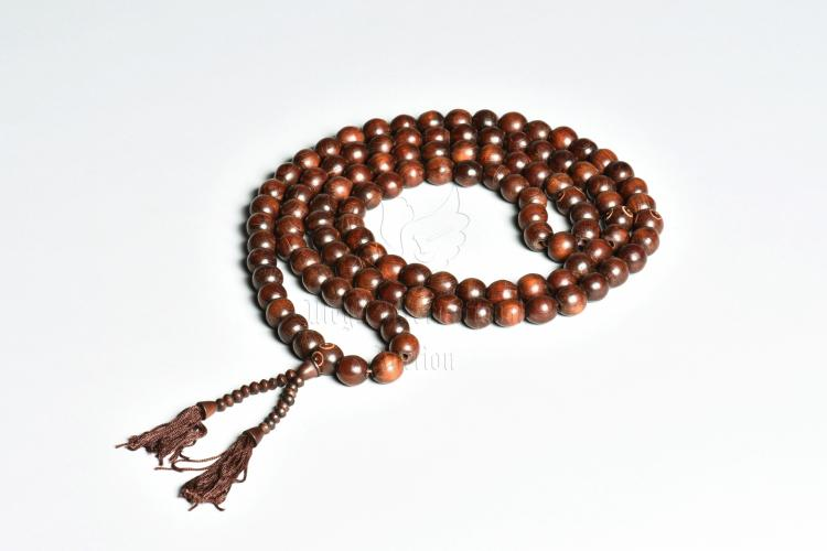 STRAND OF 108 WOOD BEADS PRAYER NECKLACE