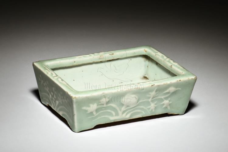 CELADON GLAZED NARCISSUS FLOWER PLANTER