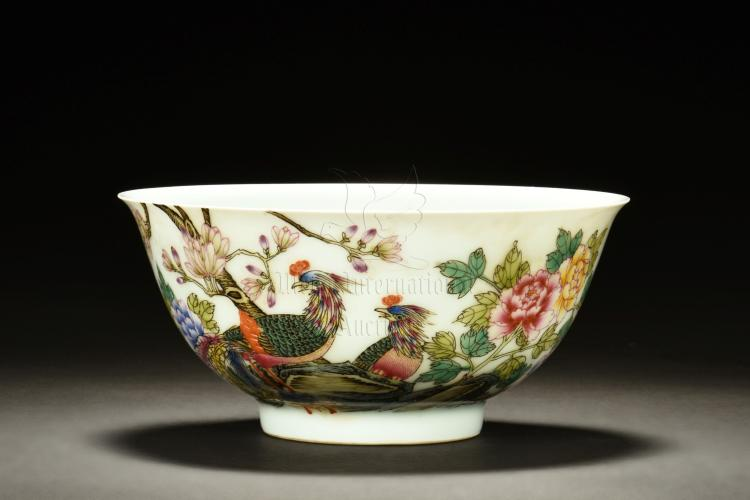 FAMILLE ROSE 'PHOENIX AND FLOWERS' BOWL