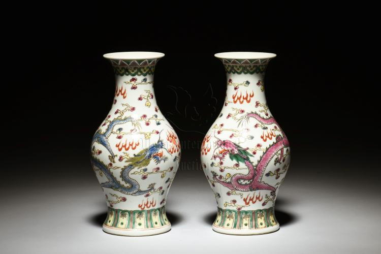 PAIR OF FAMILLE ROSE 'DRAGONS' BOTTLE VASES