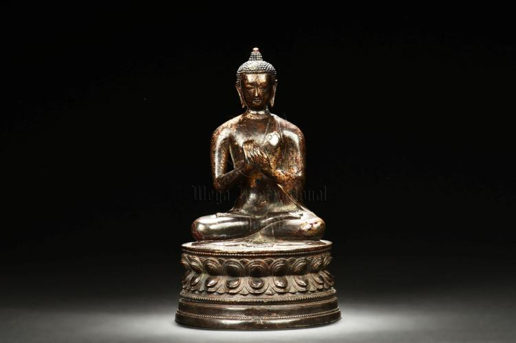 BRONZE CAST SHAKYAMUNI SEATED FIGURE