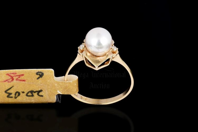 14K YG PEARL AND DIAMOND RING