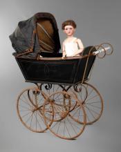 Naether Kinderwagen mit Armand Marseille Porzellankopfpuppe