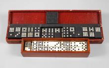 Zwei Dominospiele