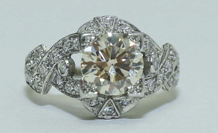 Art Deco Platinum & 1.5 Carat Diamond Ladies Ring