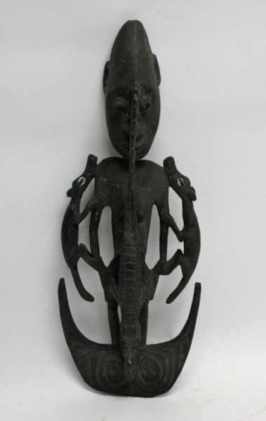New Guinea Spirit Figure w/ Alligator & Dogs