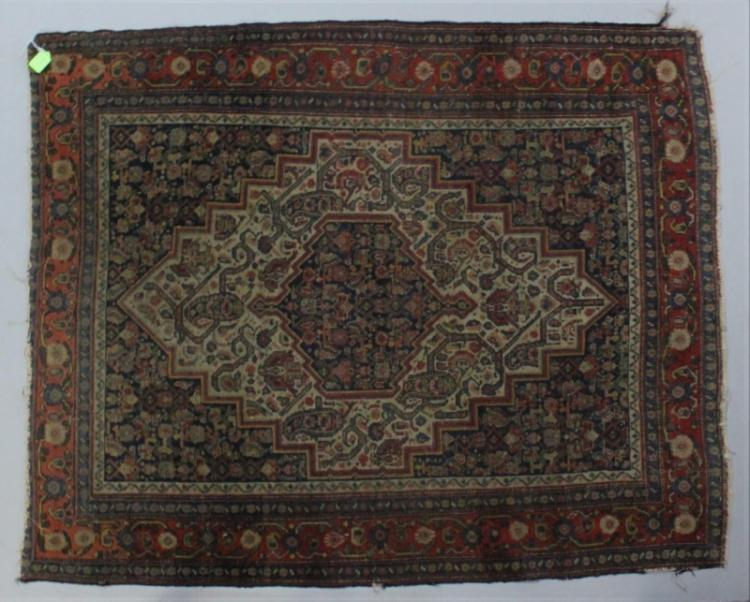 Early Persian Serapi Heriz Oriental rug