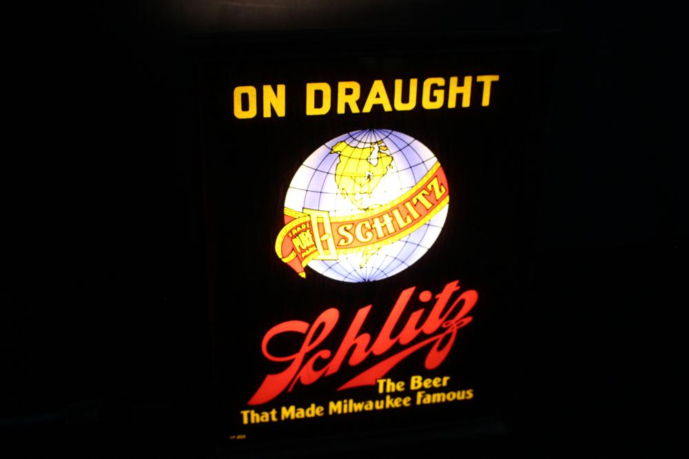 RARE LIGHTED SCHLITZ BEER ON DRAUGHT SIGN