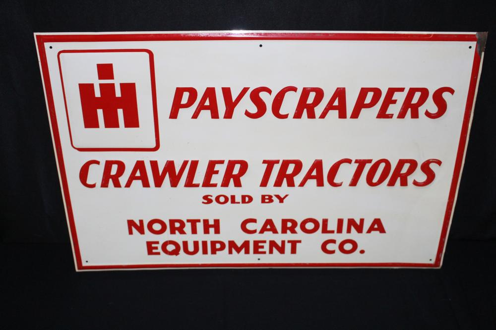 NOS INTERNATIONAL HARVESTER CRAWLER TRACTOR SIGN