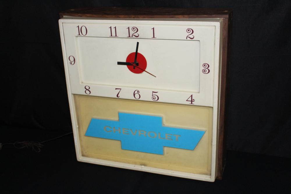 1960'S - 1970'S CHEVROLET DEALERSHIP LIGHTED CLOCK