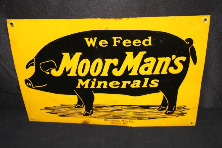 WE FEED MOORMANS MINERALS PIG FEED SIGN
