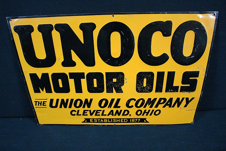 Unoco Motor Oil Union Oil Co Clevelnad Oh Tin Sign