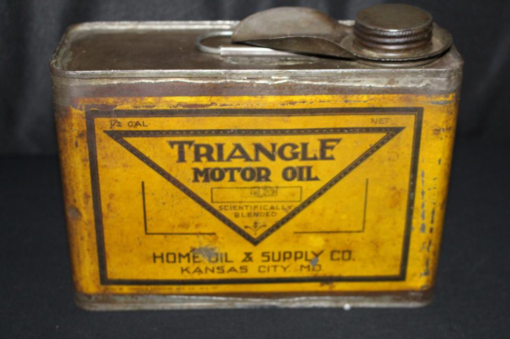 1/2 GAL OIL CAN TRIANGLE HOME OIL CO KANSAS CITY