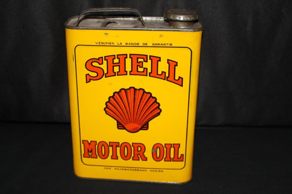 1/2 GAL OIL CAN EUROPEAN SHELL OIL CO