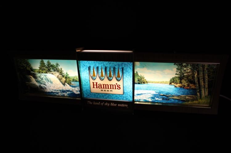 Hamms Panoramic Rippler Motion Light Beer Sign